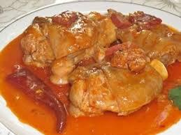 Cómo hacer manitas o patas de cerdo guisadas en salsa